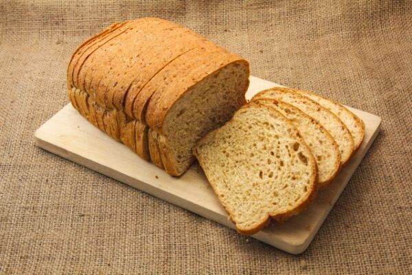 スライスしたパン