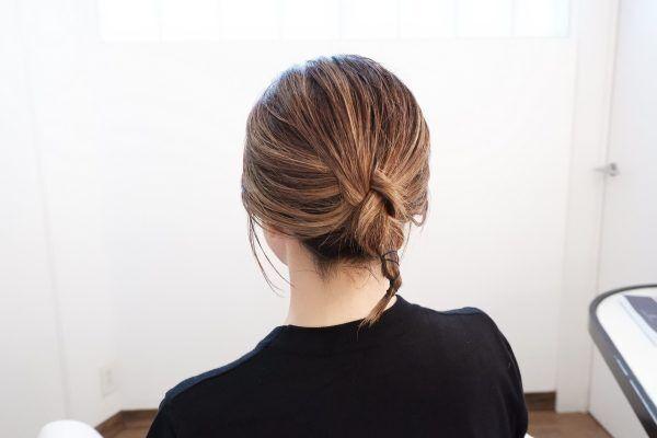 静電気が気になる秋冬に◎「襟足すっきり」三つ編みヘアアレンジ術♪