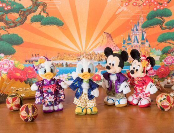 東京ディズニーリゾートで新年を祝おう!2017年は酉年にちなんで、ドナルドが大活躍