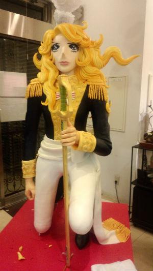 等身大のオスカルのチョコ像が登場!玉川高島屋「アムール・デュ・ショコラ」から目が離せない