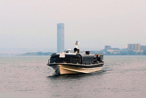 びわ湖のサンセットクルーズと大津館で夏の納涼を楽しむ「汽船deビール」が運航中