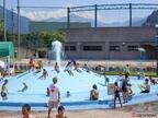 新潟県湯沢町・レジャープール オーロラで夏のプールを楽しもう!室内室外どちらもアリ