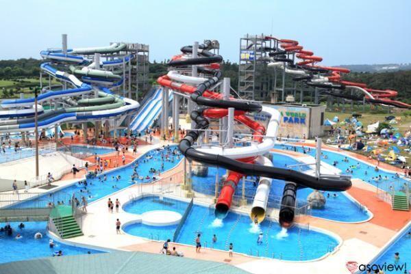 「芝政ワールドプール」で日本最大級のプールを満喫しよう!週末&お盆は花火も!