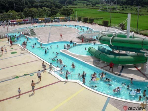 千葉 白井市民プールで3種類の屋外プールと2つのスライダーを満喫!