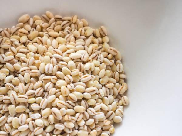 ダイエッターにおすすめ!食物繊維が豊富なもち麦を食べるメリット3つ