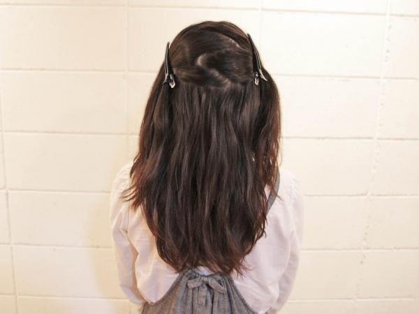 子どもっぽくない!今人気の大人な控えめツインテールヘアアレンジ☆
