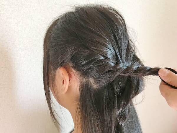 髪を巻かなくても可愛い! 上品コーデにもピッタリな時短ヘアアレンジ
