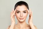 顔のむくみを解消!エステティシャンに学ぶセルフマッサージの方法