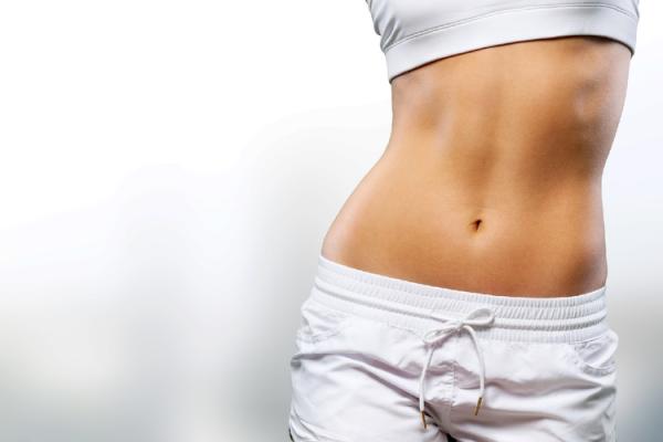 三段腹を改善!姿勢や食事の見直方法や簡単トレーニングを紹介