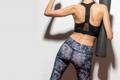 大臀筋をストレッチして腰痛改善!やり方やコツを専門家が解説