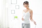 気になるポッコリお腹…腹筋よりも早く解消する方法とは