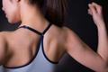 肩や背中を伸ばしてスッキリ!簡単にできる上半身エクササイズ