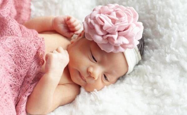 8月生まれの赤ちゃんのイメージ