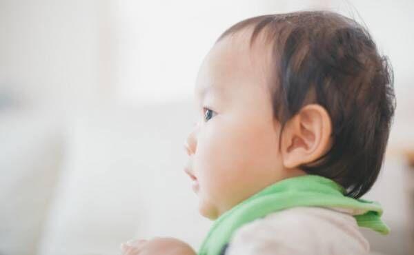 赤ちゃんの横顔のイメージ