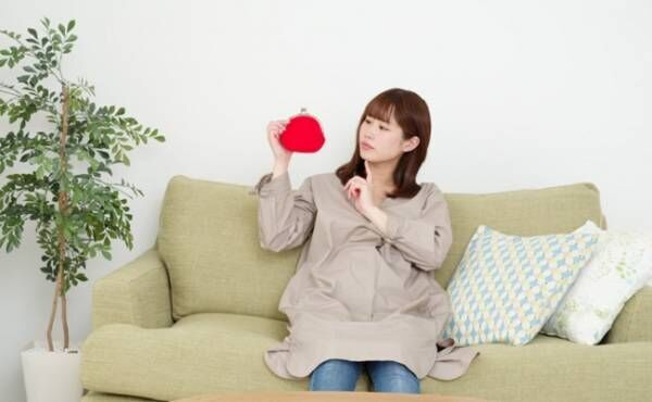 妊娠出産費用を不安に思う妊婦さんのイメージ