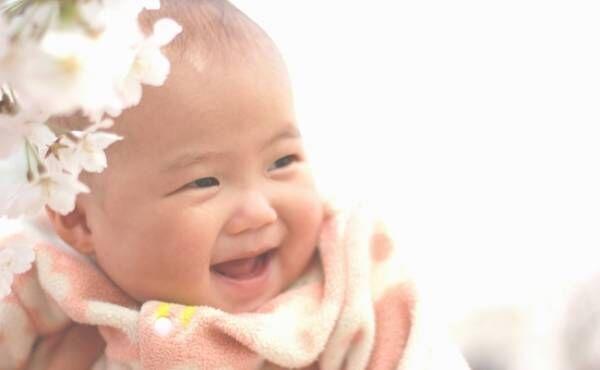 可憐でかわいい♡女の子に人気の「フラワーネーム」ランキングTOP10