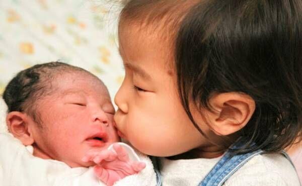 赤ちゃん返りがなかった理由。上の子1歳半で2人目誕生!【体験談】