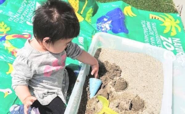 砂遊びセットや粘土