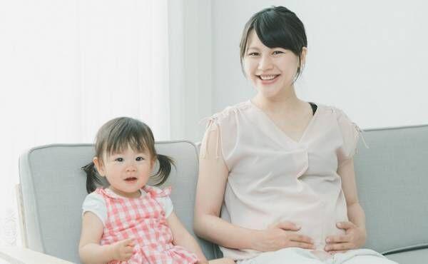 妊婦さんと娘