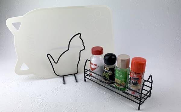 猫のまな板スタンドと調味料スタンド