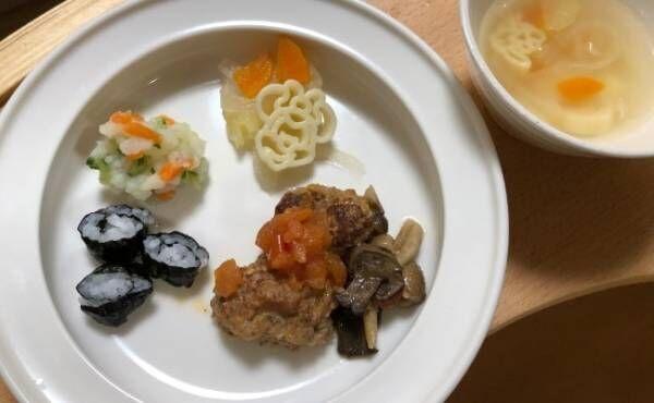 シンプルで食べ物が映えるデザイン