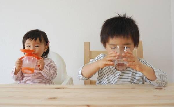 夏でも赤ちゃんに「麦茶は不要」