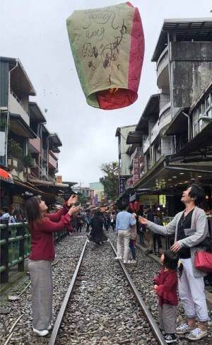 """画像2: 台湾での """"こありっぷ"""" は、食事、言葉、フライトタイム……どこをとってもNOストレス!"""