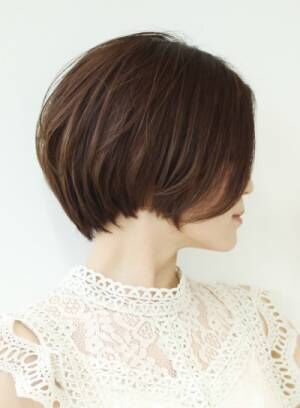 広がりやすいこの時期だからこそ試して欲しい大人女性にオススメの髪型☆