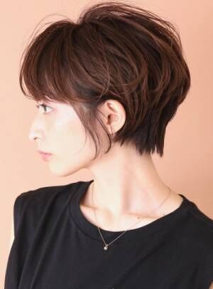 【小顔効果】◇ひし形シルエットの小顔ショートヘアカタログ