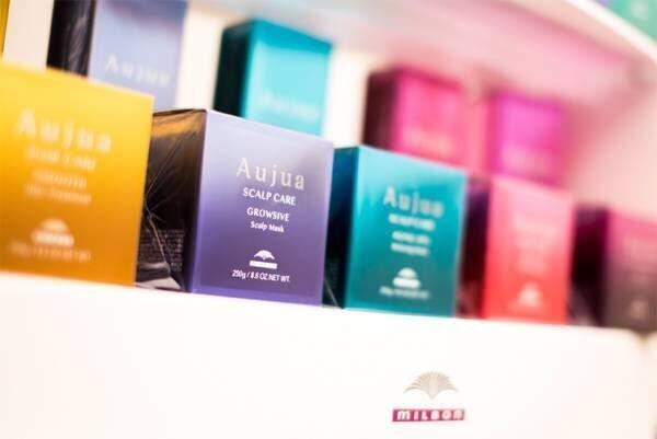 Aujua&NEWメデルアイロンアイロンを使用した当店の縮毛矯正の仕上がりは感動の美髪!