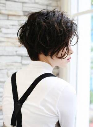 おしゃれな大人女子が注目!イチオシスタイリング剤と流行りの髪型