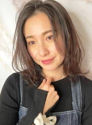 「欲しかったのは艶と透明感」大人女性にシアーベージュ〜野川涼太〜
