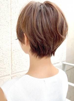 後ろ姿も好印象見えにヘアチェン!色気も出せるくびれヘアでこなれ感UP!