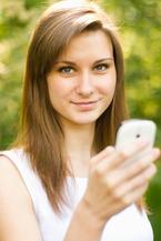 気になる人と距離を縮める!大人のメール作法7選