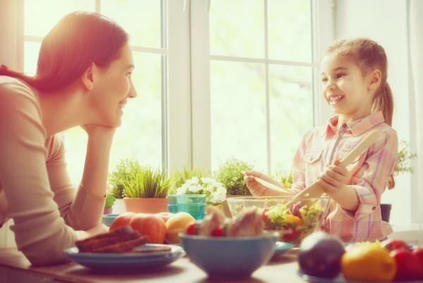 台所のお手伝いをさせるだけで子どもの自信とやる気がグングン育つ!