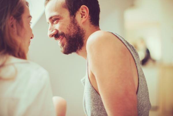 愛情を育むために夫婦が寝室ですべき5つのこと