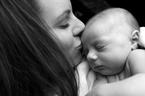 誰にでも起こりうる「産後クライシス」 その乗り越え方とは?