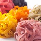 華やかな色とりどり野菜パスタでまるで食卓がイタリアンレストランに!