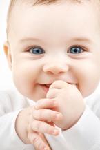 いつから変化を恐れるようになったの?赤ちゃん時代の劇的な変化を見直そう