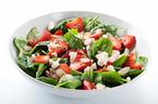 ビタミンをぎっしりとれる!サラダをもっと美味しく食べるヒント