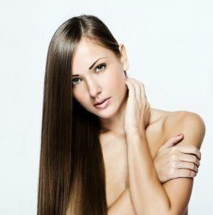 肌も髪も乾燥から救う! 洗顔にも頭皮ケアにも使える馬油美容法