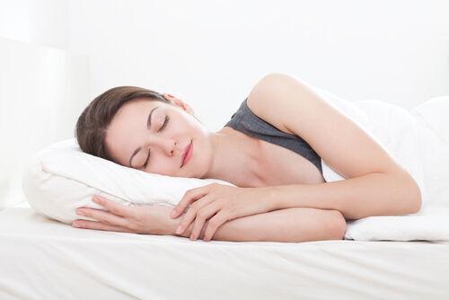合わない枕は老化を促進する? 良質な睡眠で美しくなれる正しい寝具の選び方 後編
