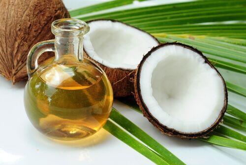 ミランダ・カーもご愛用! キレイになれるココナッツオイルの使い方