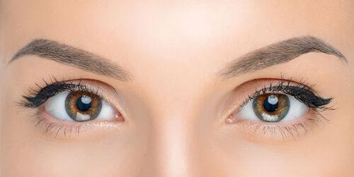 毎日の習慣がイキイキした目元を作る! 目元のアンチエイジングを癖付けよう。