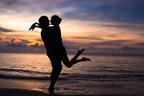 恋を信じれば奇跡が起こる! 偶然とは思えない再会3つ