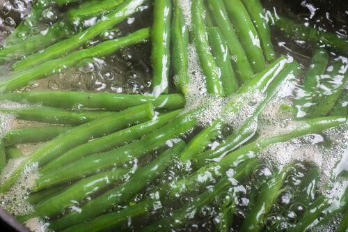 野菜を美味しく茹でるコツとは?
