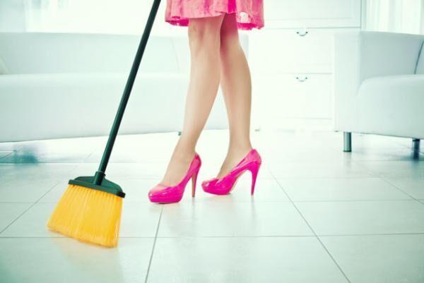 訪問者が多くなる春! パパッとキレイにできる玄関掃除のポイント