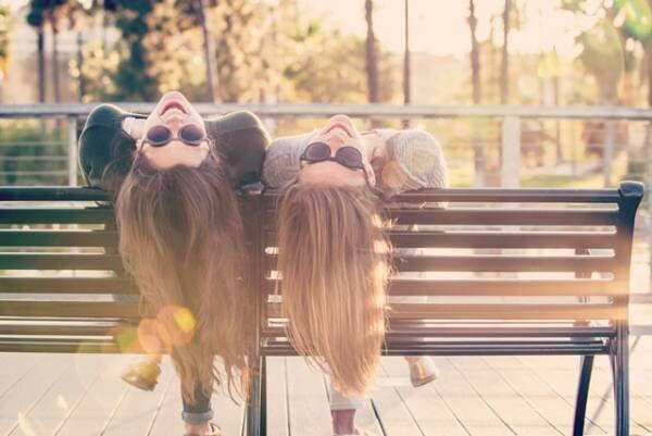 """本当の友情を育んでいる""""ベストフレンド""""のサイン5つ"""