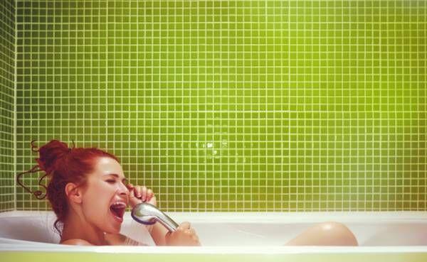 「お風呂にパートナーと入りたいか」を調査! 気になる男性の回答は!?