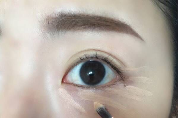 NYメイクアップアーティスト発! 目の周りをトーンアップ&アイシャドウの発色を良くする方法